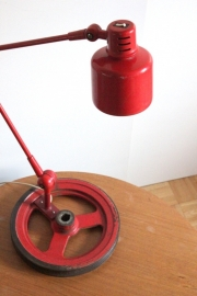 Industriële rode werklamp / Red industrial workshop lamp [sold]