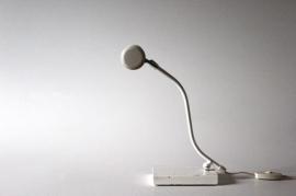 "Anvia witte bureaulamp / ""Anvia"" white desk lamp"