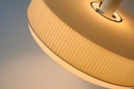 Hanglamp kunststof Zandkleur `60 / Pendant synthetic sand color `60  [verkocht]