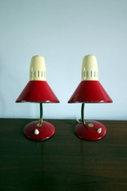 Rode ivoren bedlampjes  2x / Red ivory bedlamps 2x [sold]
