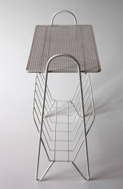 Lectuurbak metaal `50 / Magazine rack metal fifties [sold]