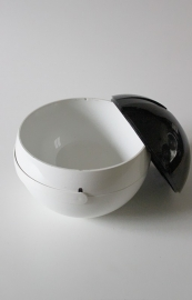 IJskoeler `70 / Icecube bowl `70 [sold]