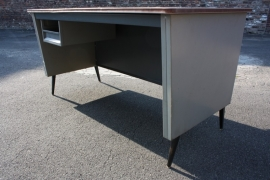 Metalen fifties bureautje / Metal fifties desk [sold]