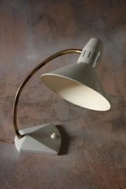 Hala `50 wit bureaulampje/ Hala white desklamp `50