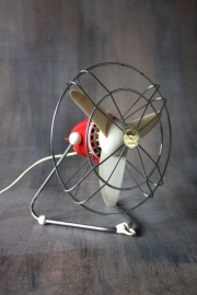 Ventilator Johnson rood / Air fan Johnson red [verkocht]