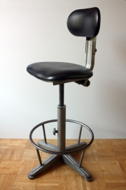 Brevets industriële verstelbare stoel / Brevets industrial adjustable seat [sold]