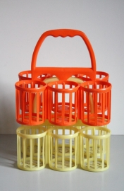 Kleurige vintage flessenmandjes/ Colourfull bottle baskets [verkocht]