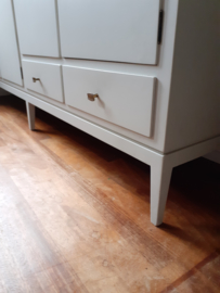 Grijs vintage hoog dressoir / Grey vintage Highboard