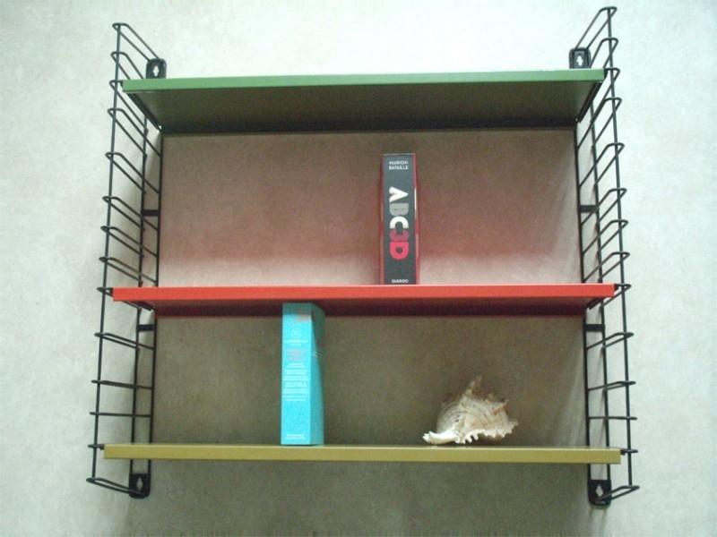 Tomado metalen wandrekje `50  3 / Tomado colorfull metal wall shelf `50  3  [verkocht]