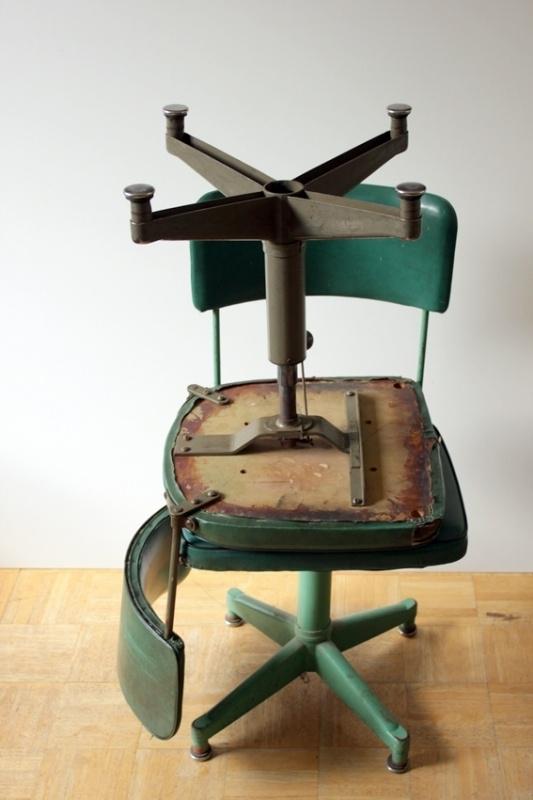 Industriële werktafel stoelen / Industrial desk chairs [sold]