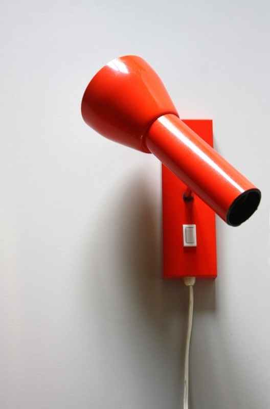 Seventies rode wandlamp / Seventies red wall lamp [sold]