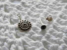 Zilveren dubbel swing Bali oorbellen met kristal