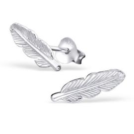 zilveren veer oorknopjes