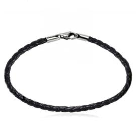 zwart gevlochten lederen armband
