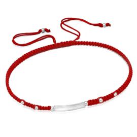 rood gevlochten armband met zilveren balkje