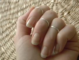 Zilveren knokkel ring
