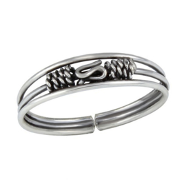 silver Bali toe ring