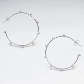Zilveren hoepeloorbellen met studs