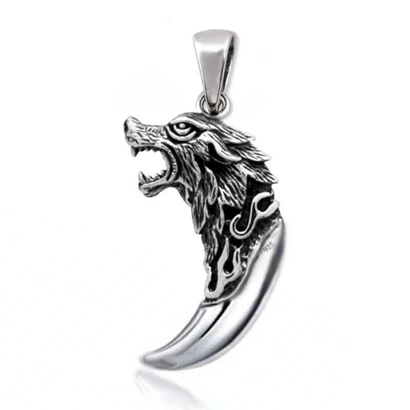 zilveren wolf en tand kettinghanger