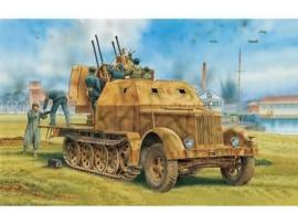 Sd.Kfz.7/1 2cm Flakvierling 38 w/Armor Cab