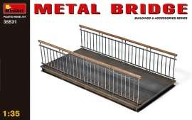 Metalen brug
