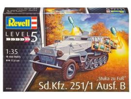Sd.Kfz. 251/1 Ausf. B Stuka zu Fuss