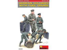German Soldiers w/ fuel drums special edition
