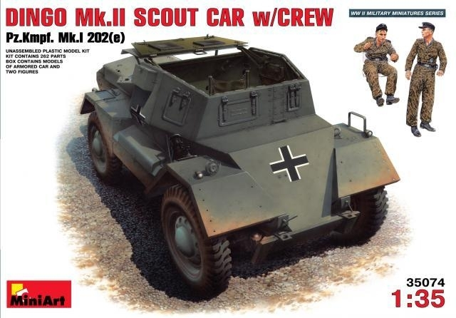 Dingo Mk.II verkenningsvoertuig met bemanning