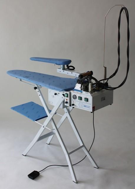 strijktafelmetafzuigenenblazenmetstoomketel.jpg
