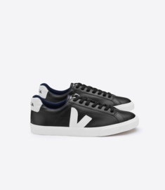 Veja || ESPLAR: low logo leather black pierre