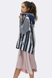 Rains || LTD jacket: distorted stripes