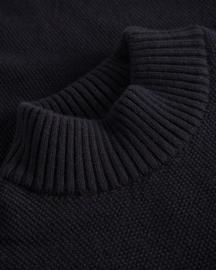 Johnny Love || BOWIE turtle knit: black