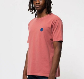 Nudie Jeans || UNO njco circle tshirt: dusty red