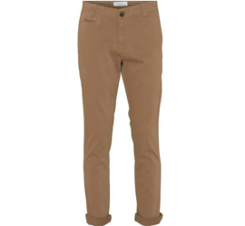 KCA || CHUCK regular stretched chino pant: tuffet