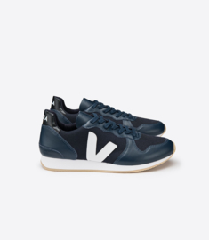 Veja || HOLIDAY: low top pixel nautico nautico white