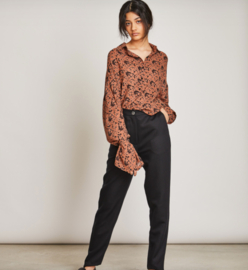 Jan N June || SUSEN blouse : tortoise print