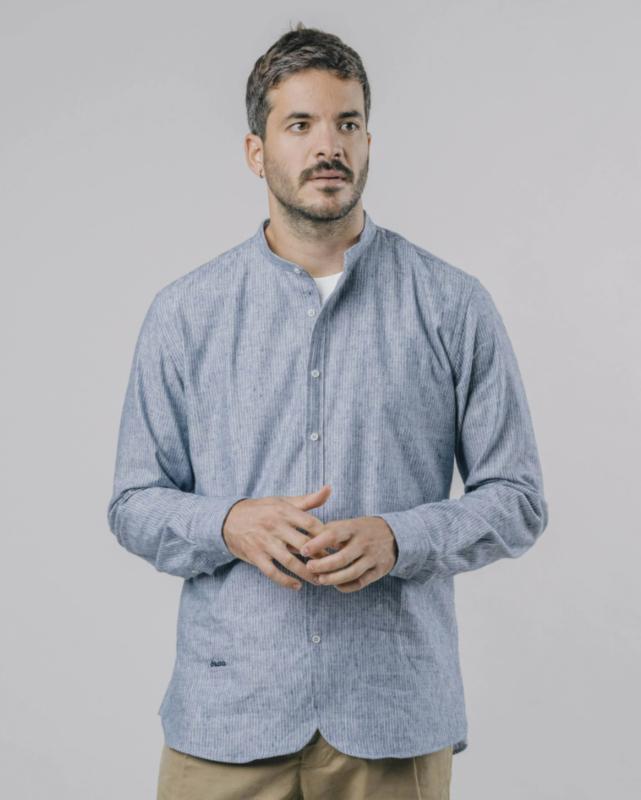 Brava    SAPPORO essential shirt: blue white
