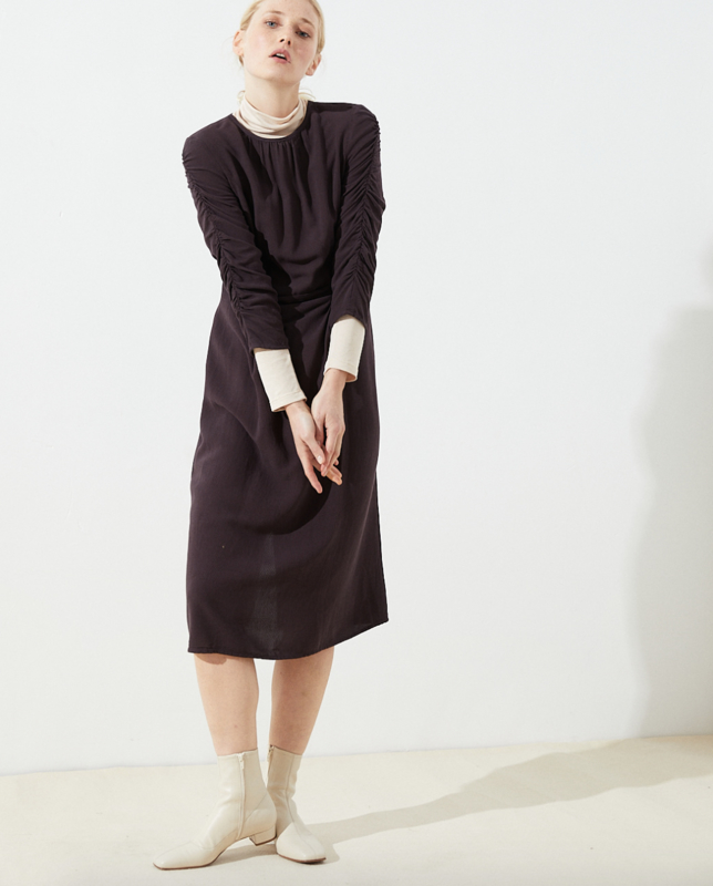 CUS || CINTA dress tencel points: aubergine