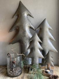 IJzeren stoere kerstboom, Large