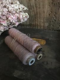 Set van 3 oude garenklossen - rose