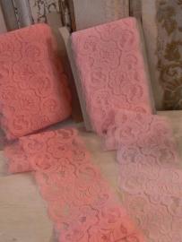 Breed lichtrose en rose kant (MK99)