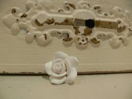 Kraal roos fimo wit 23 mm (KB66)