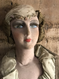 Prachtige oude sofa doll - boudoir doll