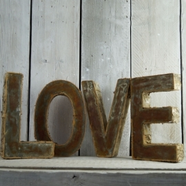 LOVE stoere letters