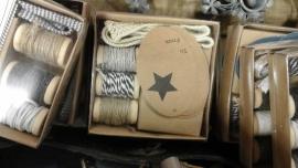 Doosje touw en labels  (zwarte ster)