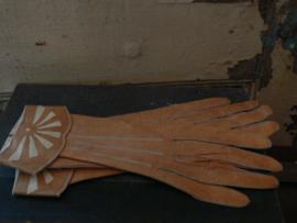 Oude lederen handschoenen
