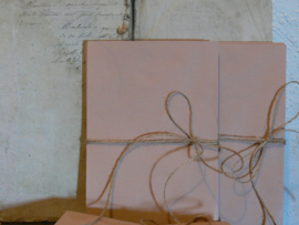 Bundeltje 20 oude roze enveloppen
