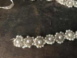 Oud lint met parelbloemen - 35 cm