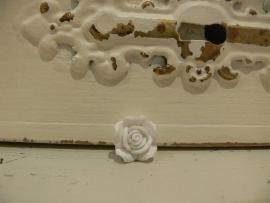 Kraal roos fimo wit 15 mm (KB65)