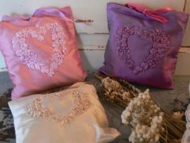 Lavendelkussentje zijde (G005)